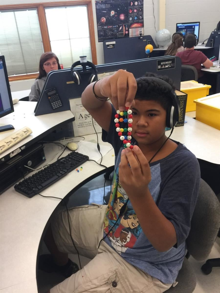 Students learn STEM skills in the Synergistic Lab