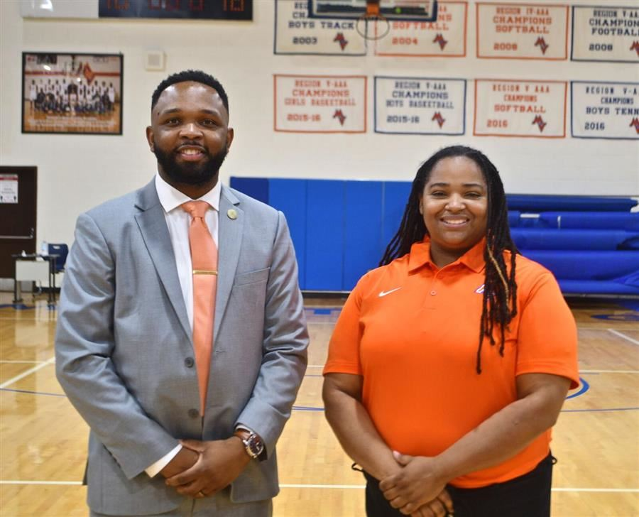Mustangs Introduce New Hoops Head Coaches