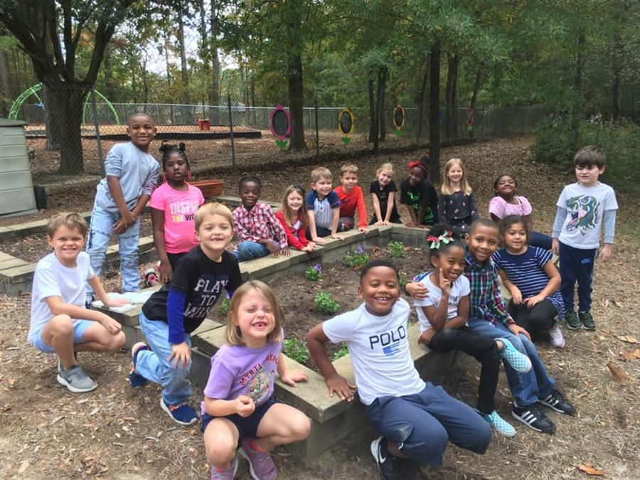 Aiken Elementary Participated In National Outdoor Classroom Day