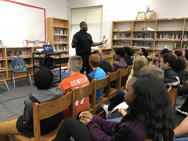 Cyber Technology draws attention of middle school students