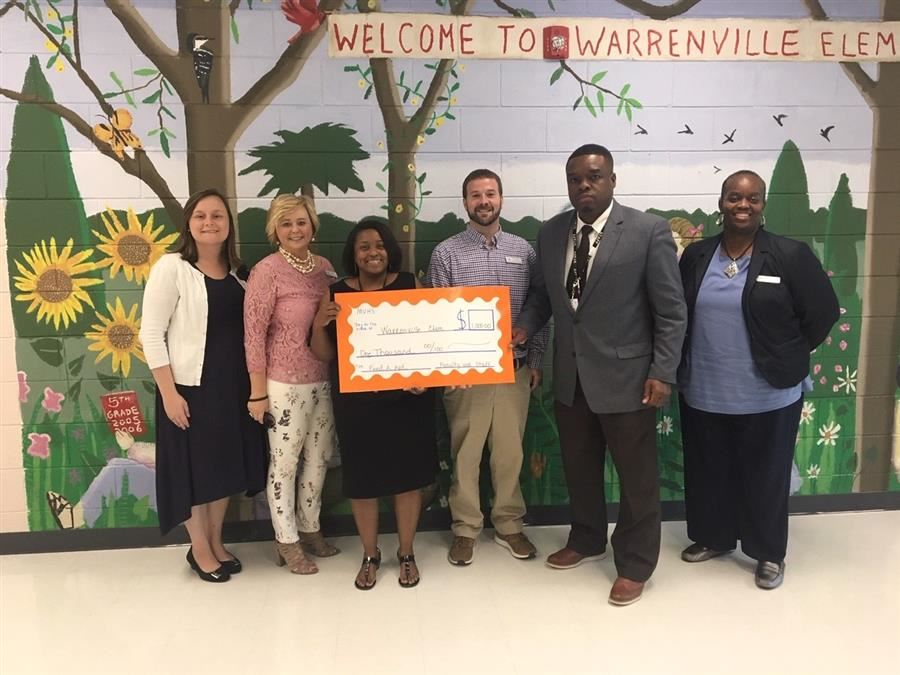 MVHS Donates to Warrenville Elementary School
