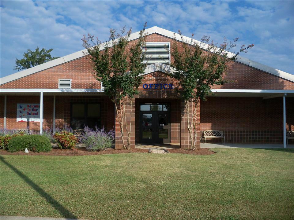 Millbrook Elementary / Homepage